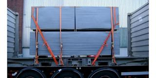 Sistemazione e fissaggio del carico: obblighi, responsabilità e sanzioni