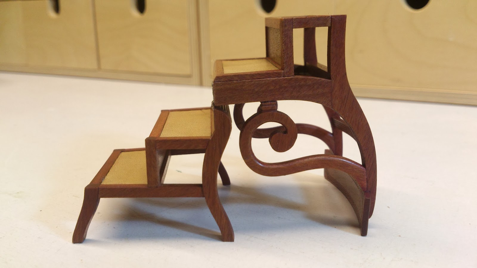 folding chair qatar merits power petit furniture