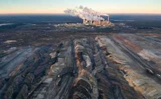 Surface mining at coal power plant Bełchatów in Poland. (Photo Credit: Thinkstock) Click to Enlarge.