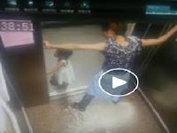 Ibu Sibuk Main HP, Anaknya Malah Alami Hal Yang Mengerikan di Lift, Pelajaran Bagi Orang Tua Agar Tak Lalai