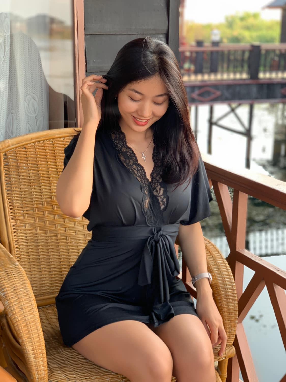 Lu Lu Aung in Black Fashion Outfit
