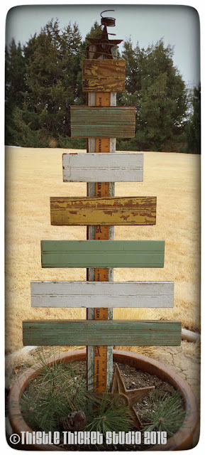 Thistle Thicket Studio, rustic Christmas trees, wooden Christmas trees, slat trees, bead board