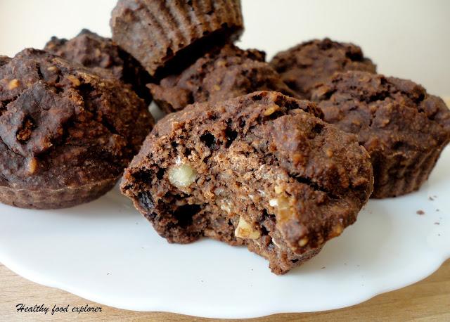 Fit muffinki z czekoladą i orzechami