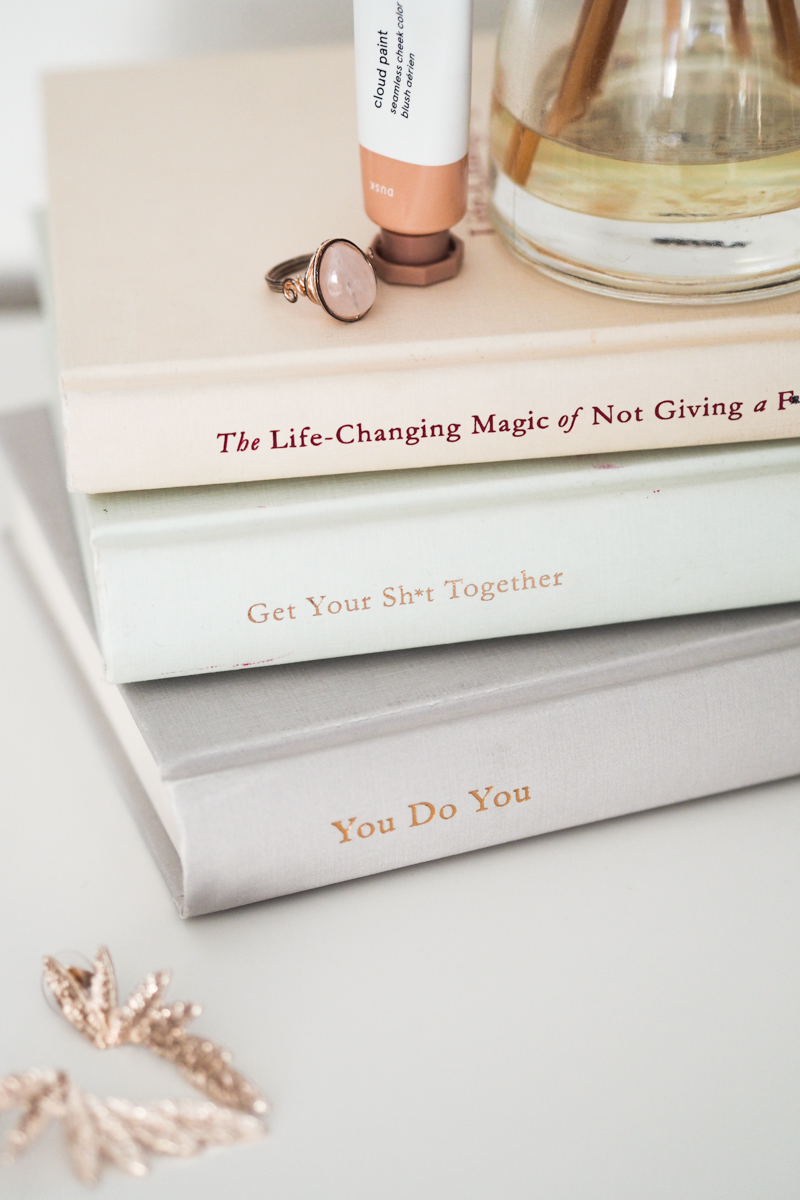 Sarah Knight Life Changing Magic Giving Get Your Shit Together You Do You Review Which To Buy | Colours and Carousels - Scottish Lifestyle, Beauty and Fashion blog