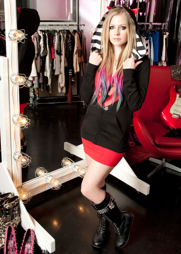 Avril Lavigne - Wild Rose Photoshoot-01 | GotCeleb