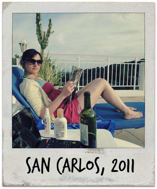 Tin Box Traveller relaxing on a sun lounger
