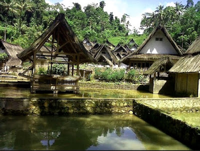 Rumah Adat Kampung Naga