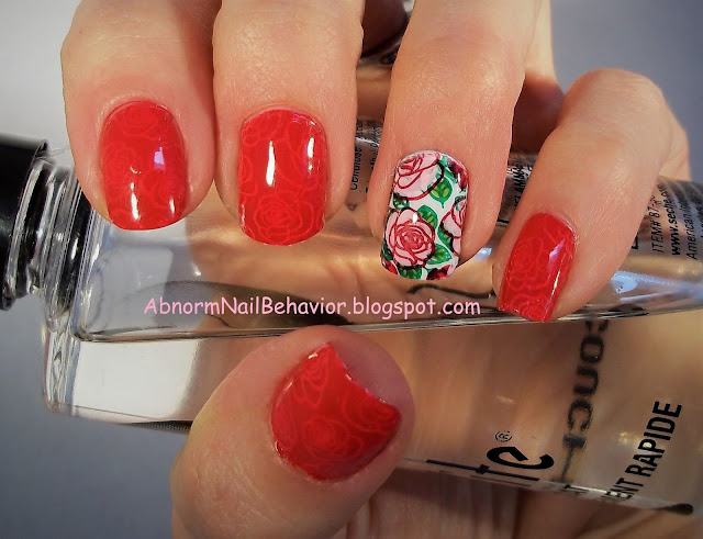rose-accent-nail