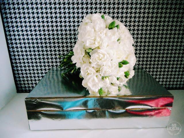 kwiaty goździki
