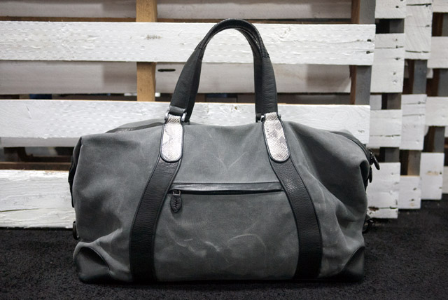 0a4c47d0567e Always looking at some weekend bag and thinking I need it. I don t. Still  the details on this are great. Will Yan put me on.