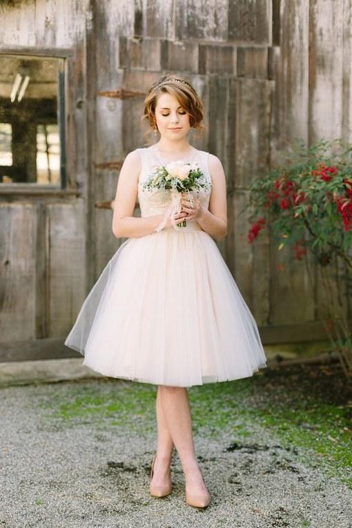 vestidos de novia cortos en la playa