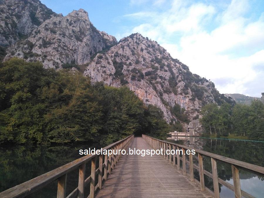 embalse-valdemurio-asturias-otoño