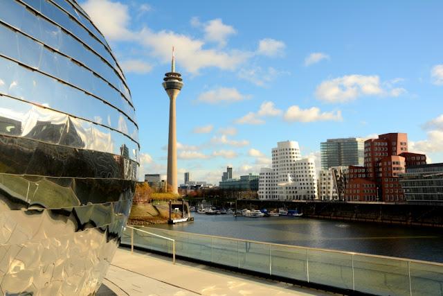 Dusseldorf architectuur, rheintower, nrw, duitsland architectuur