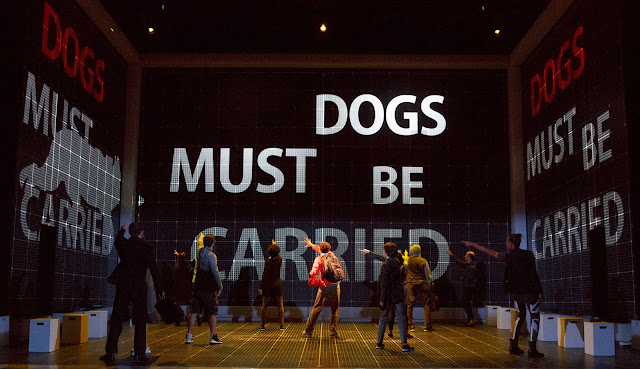 BWW Review: THE CURIOUS INCIDENT OF THE DOG IN THE NIGHT-TIME at the Ahmanson Makes for Exhilarating Theatre