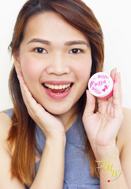 a photo of Cathy Doll C'est Bon Bon Cushion Blusher in Sugar Pink_Nikki Tiu_AskMeWhats