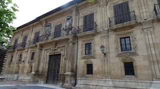 Oviedo, Palacio del Marqués de San Feliz.