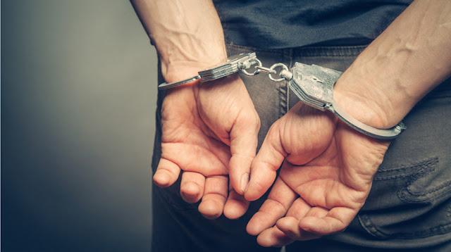 22χρονος στο Άργος έκλεψε αυτοκίνητο και επιχείρηση