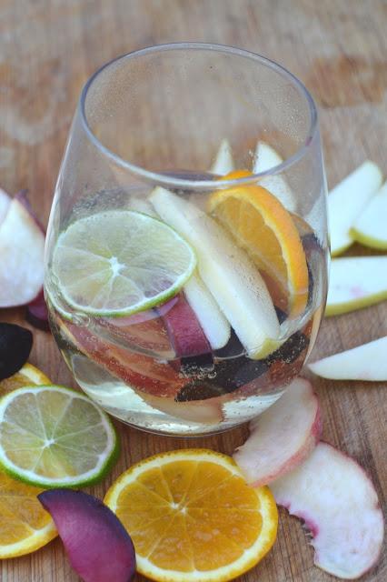 Non-Alcoholic White Sangria