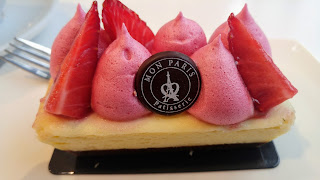 Mon Paris Strawberry cheesecake