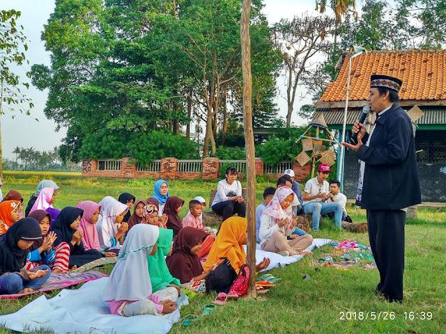 Buka Puasa Bersama Dan Donasi Pendidikan Komunitas Jabat Tangan