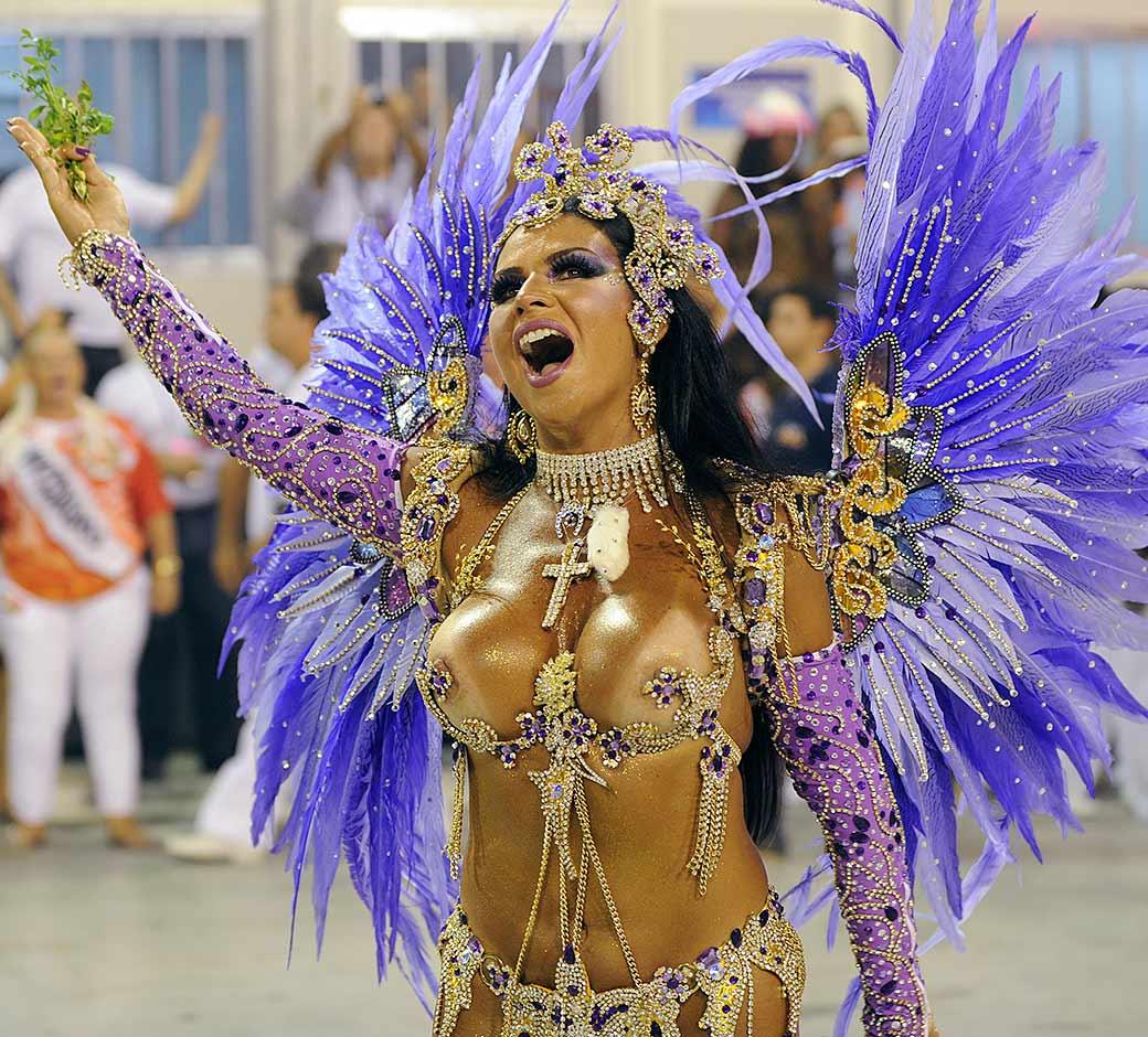 Naked Female Carnaval Movie 66