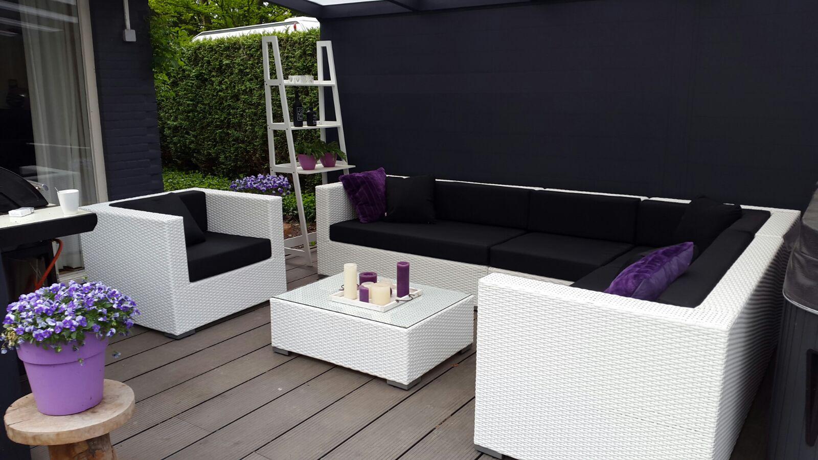 Arbrini design tuinmeubelen - Witte design lounge ...