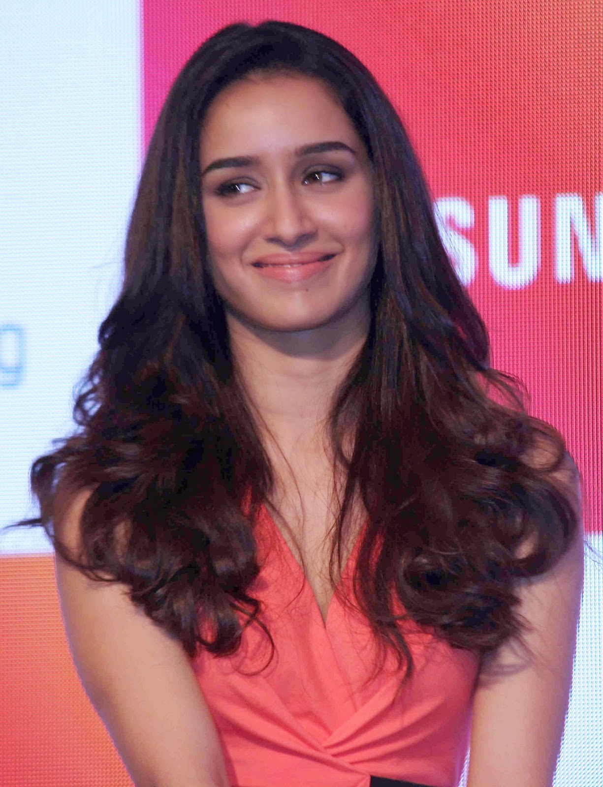 High Quality Bollywood Celebrity Pictures Shraddha Kapoor -2254