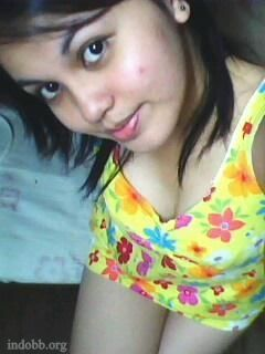 Image Result For Foto Hot Tante Mandi Bareng