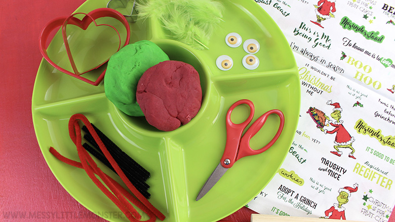 Christmas playdough recipe - Invitation to create grinch playdough