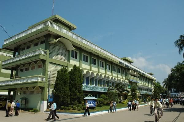 Fenomena Pesantren Tanpa Kyai