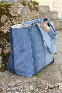 Sac xxl en jeans recyclés, 43x35x23 cm. intérieur lin.