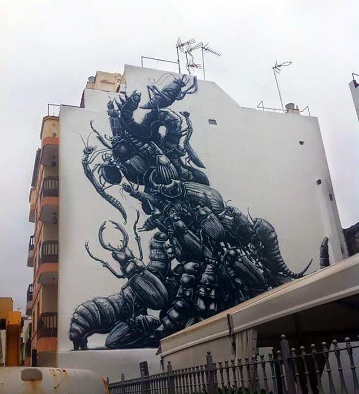 While we last heard from him last month in Australia (covered), ROA is back in Europe where he attended the Puerto Street Art Festival in Puerto De La Cruz, Spain.