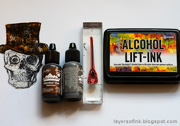 Layers of ink - Dimensional Stamped Skull Tutorial by Anna-Karin Evaldsson, using Ranger's Alcohol Lift-Ink.