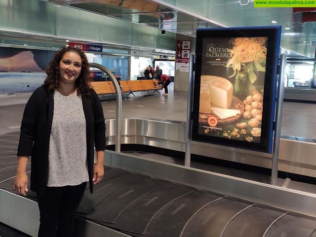 El Queso Palmero se promociona en el Aeropuerto de La Palma