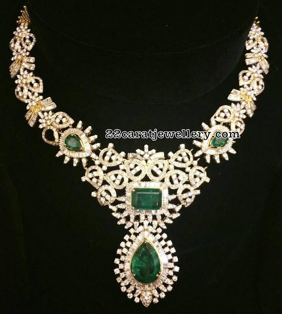 Leafy Design Diamond Set by Laxmi Jewellers