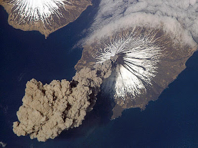 Volcanic activity happened in Genesis Flood