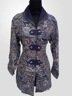 Model Baju Batik Kantor Wanita Berjilbab trend modis