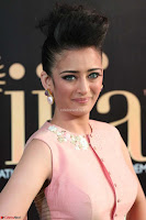 Akshara Haasan in Peachy Crop Top Choli Skirt at IIFA Utsavam Awards 04.JPG