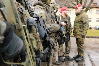 Бундесвер и лагеря беженцев