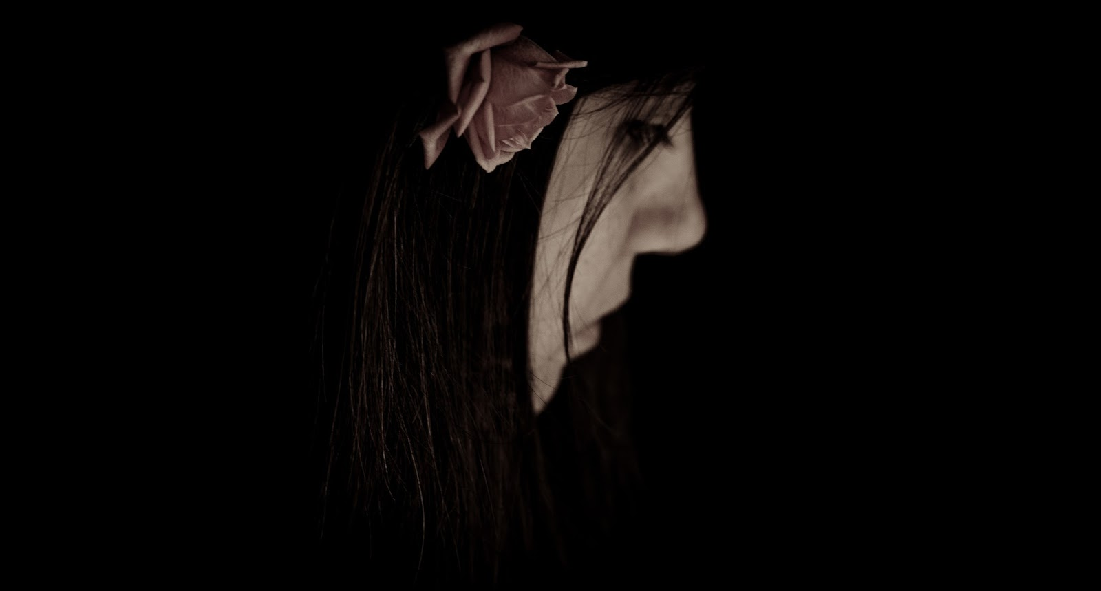 Gangsta Bloggt: Alone Girls Black Wallpapers