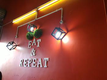 Cafe Eat And Repeat Fenomena Baru