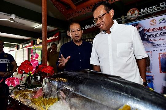 di sekitar Majlis Promosi Sate Tuna di Ampang Waterfront