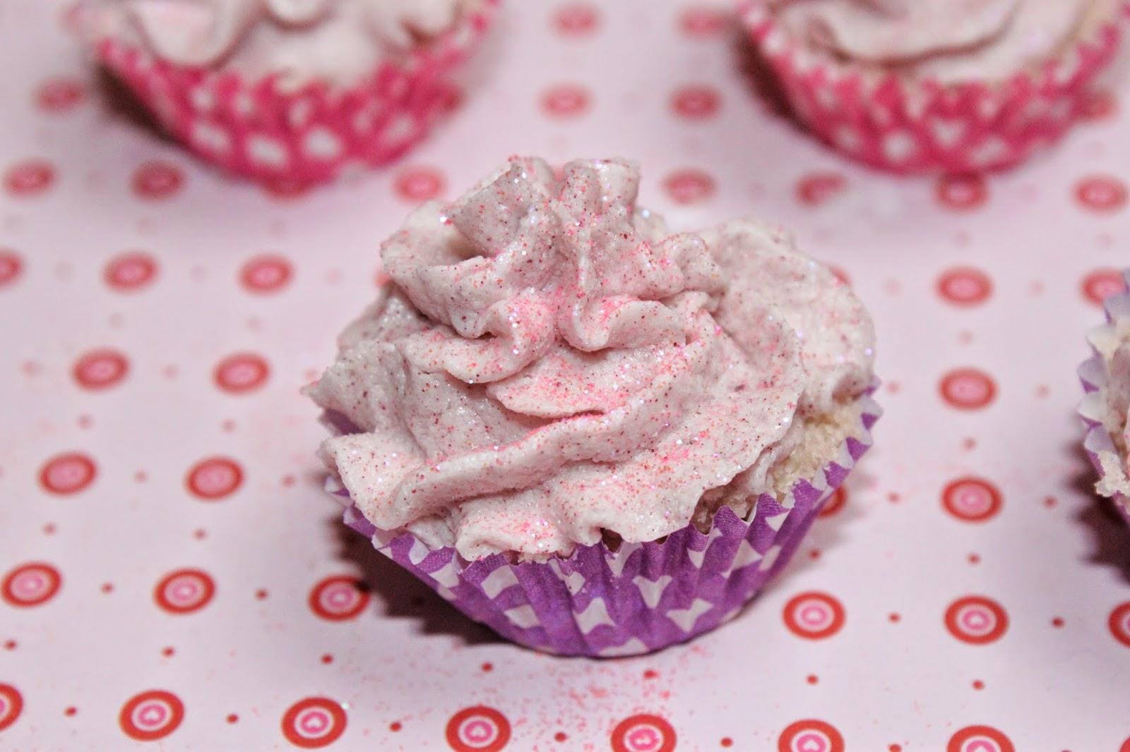 diy geschenke cupcake badekugeln selber machen gebi. Black Bedroom Furniture Sets. Home Design Ideas