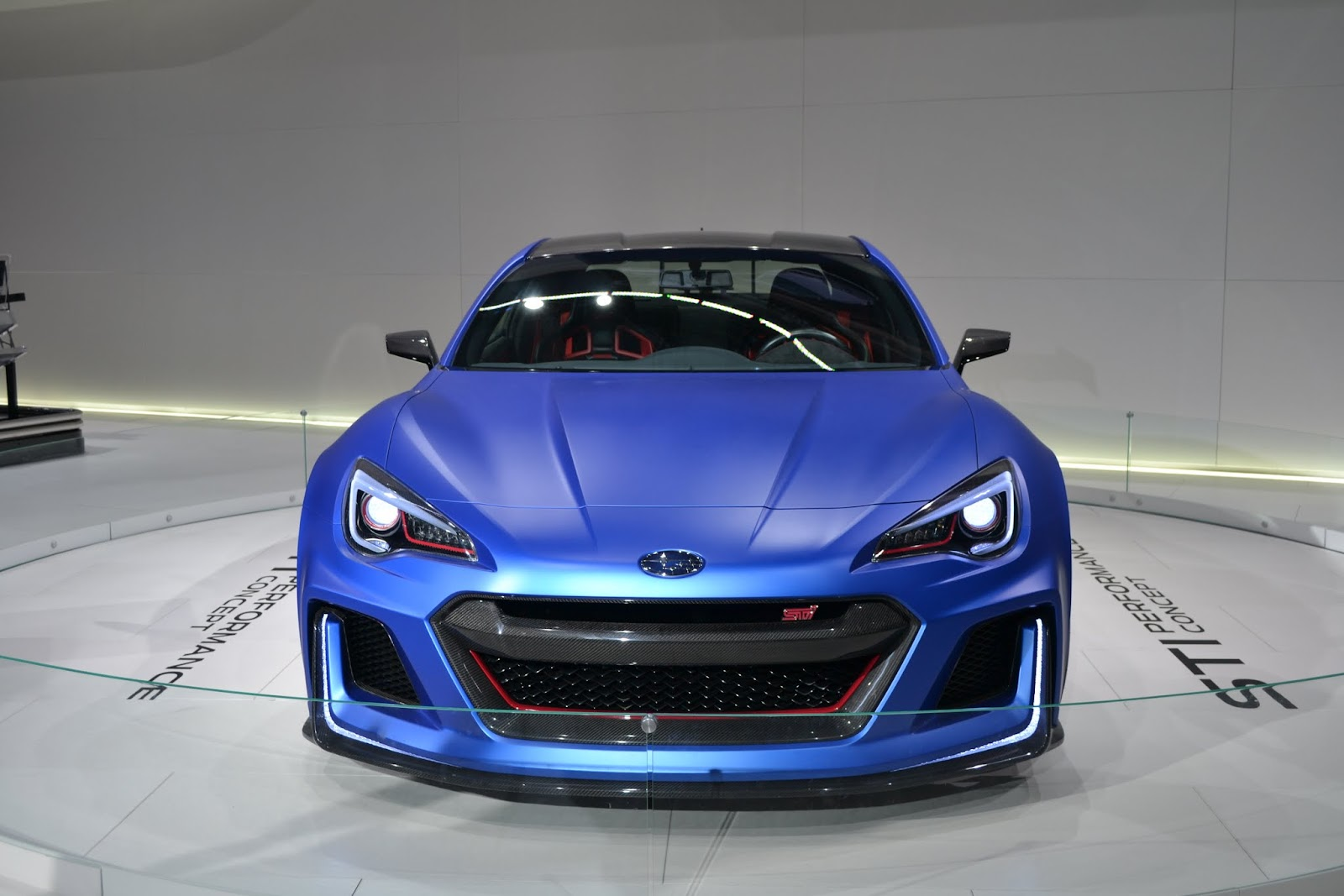 Концепт Subaru STI. Ежегодное автошоу в Нью-Йорке - 2015 (New York International Auto Show - 2015)