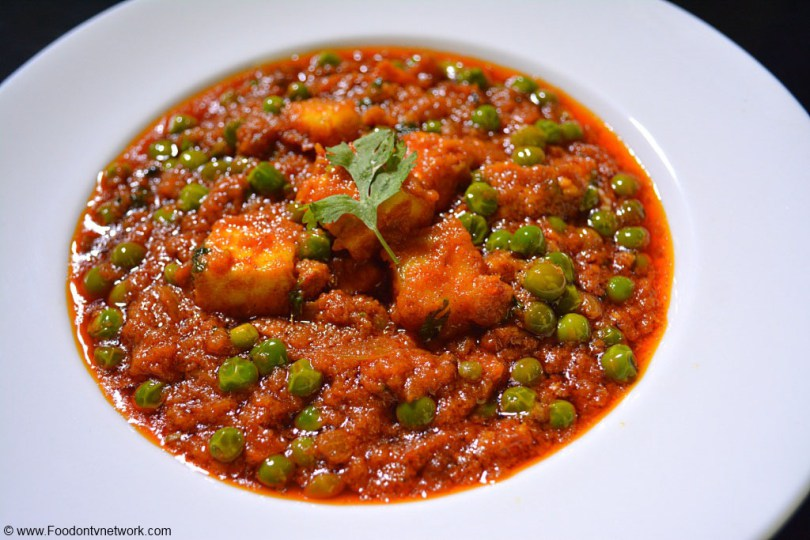 Indian cooking easy matar paneer recipe best north indian curry easy matar paneer recipe best north indian curry recipe forumfinder Gallery