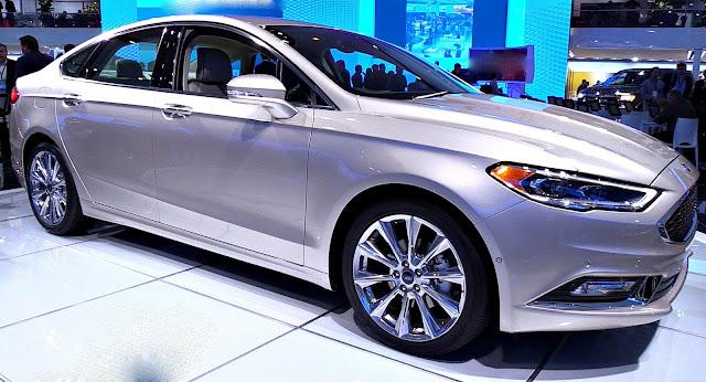 Ford Fusion 2017 lado