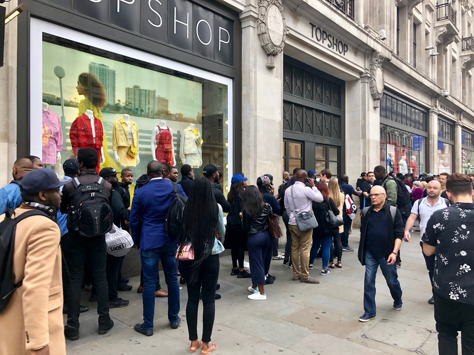 Fans queuing up to purchase Nigeria's World Cup Jersey