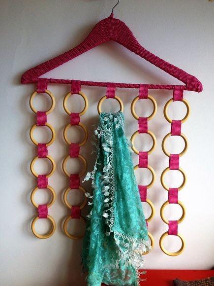 presente pra mãe que gosta de lenços e tem muitos para organizar.