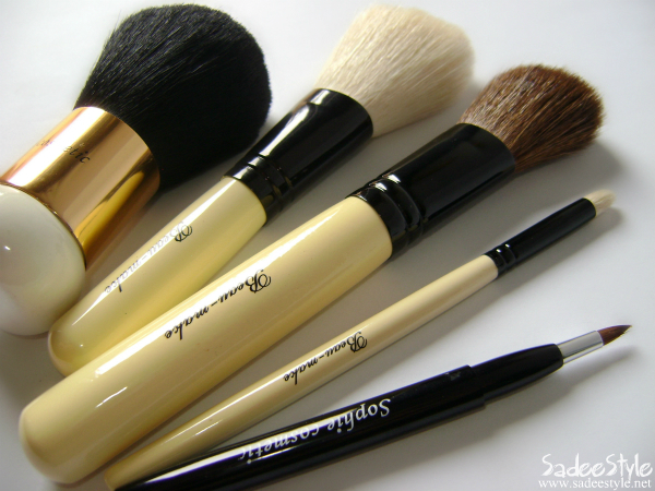 Makeup Brushes by Abbmart