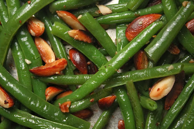 Thanksgiving Recipe Week: Green Beans with Almonds